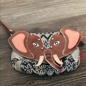 Union Bay Clutch Purse SMALL Elephant Wrist Strap